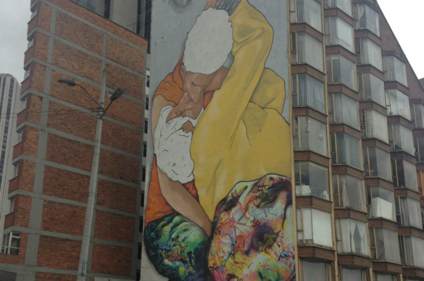 Zas with Vertigo Graffiti Crew - El Beso de los Invisibles (detail), Bogota, photo credits hyperallergic.com