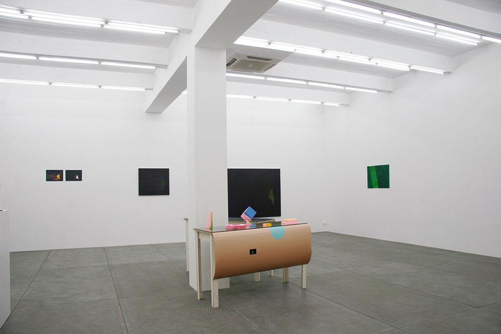 Zhou Siwei, A Round Studio solo show, 2014