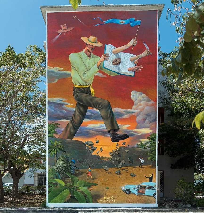 Aec Interesni Kazki wall in Cancun