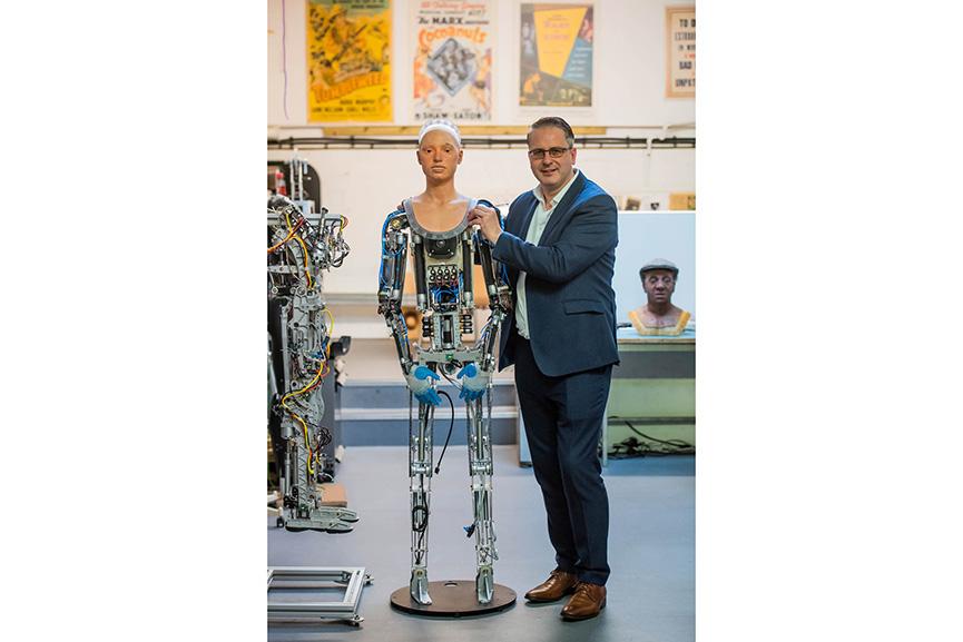 Ai-Da robot artist