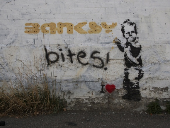 iHeart, Banksy Bites, Vancouver, 2014, Stencil, Graffiti, Street Art