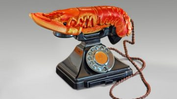 Salvador Dalí and Edward James - Lobster Telephone (red), 1938